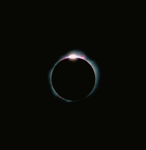 A TOTAL SOLAR ECLIPSE/MEXICOの写真素材 [FYI03168470]