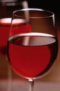 ペアのワイングラスの写真素材 [FYI03170281]