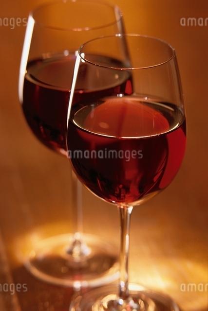 ペアのワイングラスの写真素材 [FYI03170283]