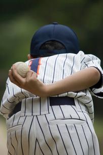 少年野球のピッチャーの背番号の写真素材 [FYI03171631]