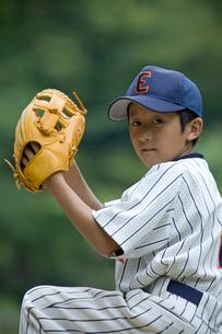 少年野球のピッチャーの写真素材 [FYI03171632]