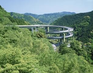 河津ループ橋  静岡県の写真素材 [FYI03172453]