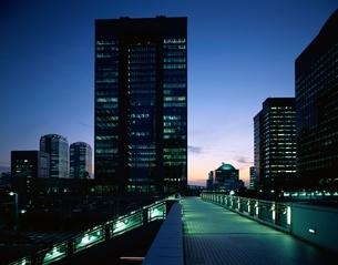 夜明けの幕張新都心    千葉県の写真素材 [FYI03172789]