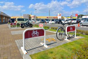 ヨークタウン 自転車・バイク駐輪場の写真素材 [FYI03174959]