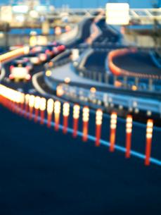 道路サインポールの夕景の写真素材 [FYI03175921]