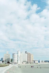 江ノ島大橋から望む片瀬東浜の写真素材 [FYI03175973]