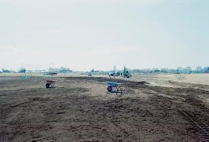米軍跡地の少年野球場の造成風景の写真素材 [FYI03176409]