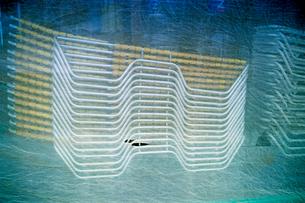 海の家に収納されたサマーデッキの写真素材 [FYI03176801]