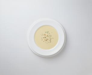 スープ(ポタージュ)の写真素材 [FYI03176963]