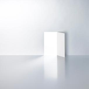 開かれたドアの写真素材 [FYI03177066]