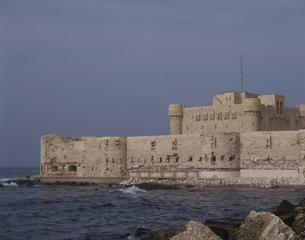 カイトベイ 城塞  アレクサンドリア エジプトの写真素材 [FYI03177097]