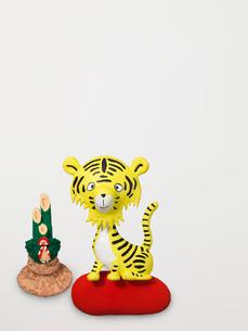 虎の新年挨拶のイラスト素材 [FYI03177491]