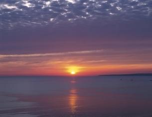 宗谷岬からの朝日     北海道の写真素材 [FYI03177924]