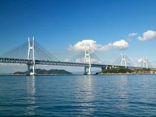 瀬戸大橋斜張橋 与島より望むの写真素材 [FYI03178265]