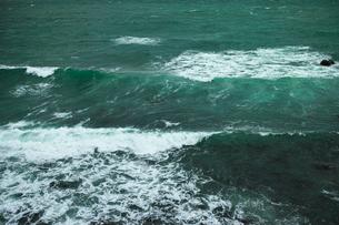wave 柴崎海岸に面した建物の4階から海を撮るの写真素材 [FYI03178975]