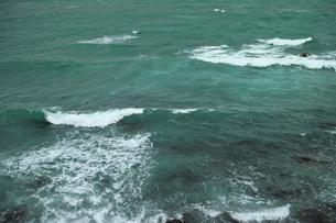 wave 柴崎海岸に面した建物の4階から海を撮るの写真素材 [FYI03178976]
