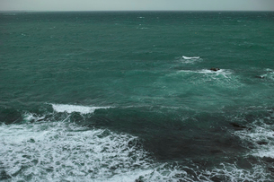 wave 柴崎海岸に面した建物の4階から海を撮るの写真素材 [FYI03178978]