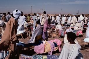 野外スーク(市場)   スーダンの写真素材 [FYI03180070]