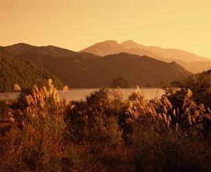 秋元湖の風景 福島県の写真素材 [FYI03181129]
