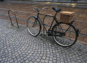 自転車 ミラノ イタリアの写真素材 [FYI03181278]