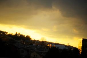 夕映えの街の写真素材 [FYI03182475]