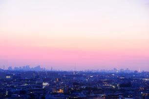 夜明けの東京遠望の写真素材 [FYI03182530]