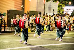 盛岡さんさ踊りの写真素材 [FYI03183323]