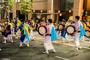 盛岡さんさ踊りの写真素材 [FYI03183327]