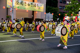 盛岡さんさ踊りの写真素材 [FYI03183384]