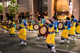 盛岡さんさ踊りの写真素材 [FYI03183386]