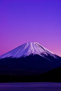 富士山薄明の写真素材 [FYI03185019]