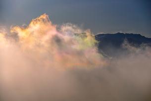 彩雲と八ヶ岳連峰の写真素材 [FYI03185178]