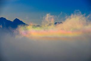 彩雲と八ヶ岳連峰の写真素材 [FYI03185180]