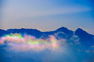 彩雲と八ヶ岳連峰の写真素材 [FYI03185201]