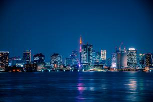 有明より東京夜景の写真素材 [FYI03185370]