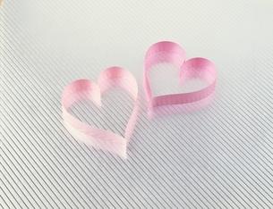 ピンクのハートの写真素材 [FYI03187985]