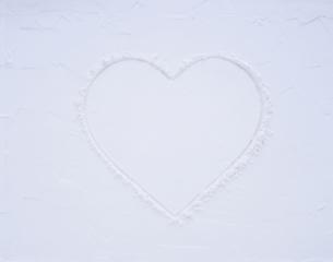 ホワイトデーイメージ 白いハートの写真素材 [FYI03188106]