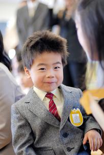 入園式の園児の写真素材 [FYI03188279]