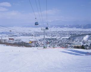 富良野スキー場のリフト 北海道の写真素材 [FYI03192392]
