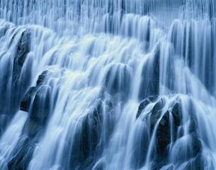 寒狭峡の滝  新城市 愛知県の写真素材 [FYI03192459]