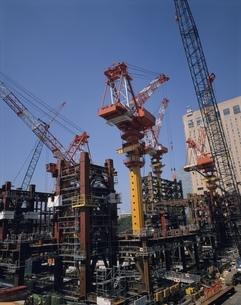 開発が進む新宿西口高層ビル街   東京都の写真素材 [FYI03193172]