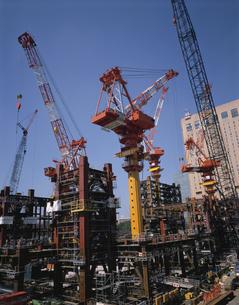 ビルの建設現場 新宿区 東京都の写真素材 [FYI03193180]