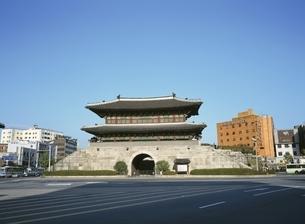 東大門      ソウル 韓国の写真素材 [FYI03193842]