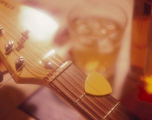 ギターイメージの写真素材 [FYI03197112]
