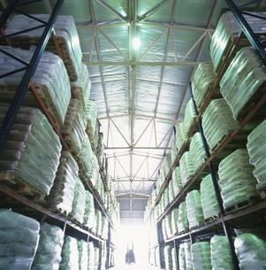 繊維工場内部 マレーシアの写真素材 [FYI03198129]