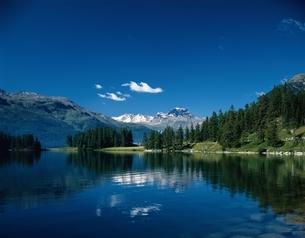 シャンフェール湖よりPizdalaMar  スイスの写真素材 [FYI03198411]