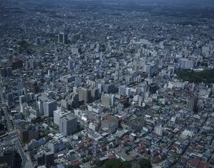 宇都宮市役所周辺の町並みの空撮 栃木県の写真素材 [FYI03199764]