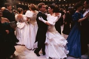 舞踏会(オーパンバル)      ウィーン オーストリアの写真素材 [FYI03201091]