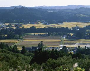 衣川古戦場を望むの写真素材 [FYI03201668]