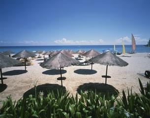 ル メリディアンのビーチ プーケット島 タイの写真素材 [FYI03202132]